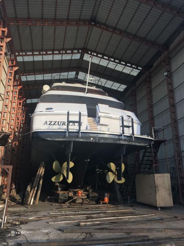 M/Y Azzurra II